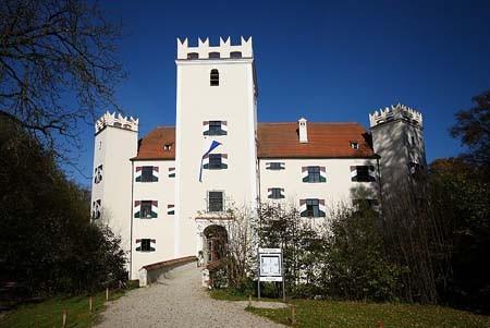 33. Ein Hofmarksherr gibt sich die Ehre – Schloss Mariakirchen